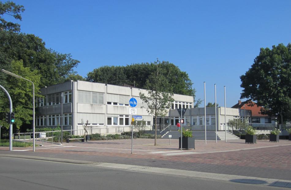 Eingang Rathaus Vorhher