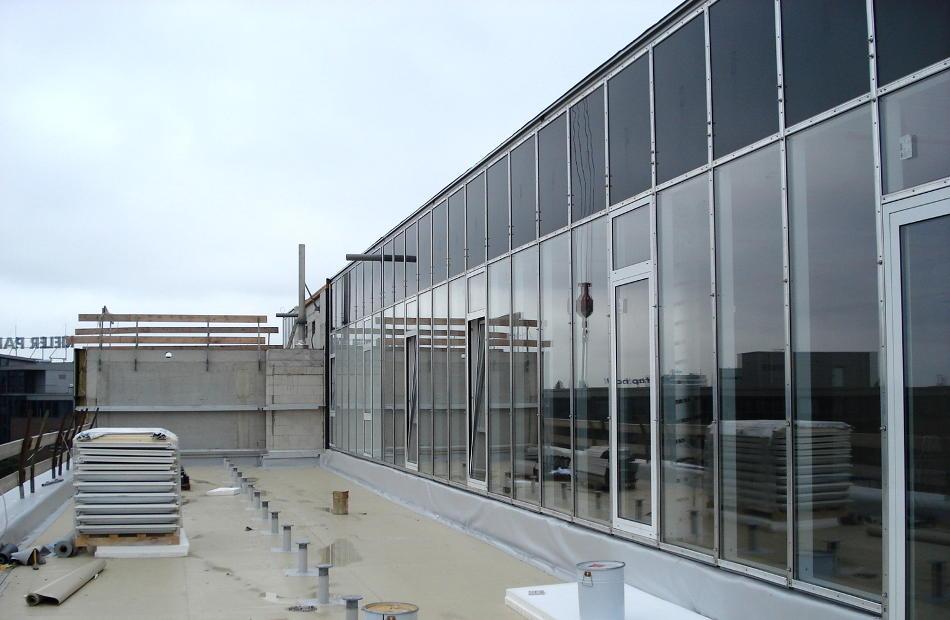 Az113 Reyher Neubau Fassade Schrauben Hamburg Baustellenbild Glasfassade