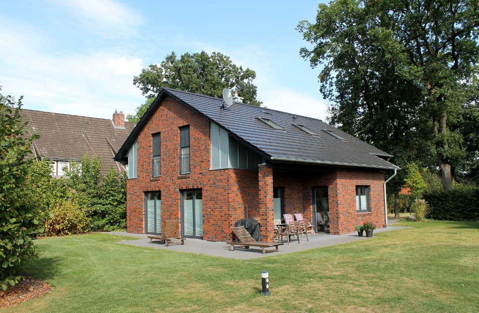Az209_Einfamilienhaus_Klinker_Neubau_Entwurf_Planunfg_Gartenansicht